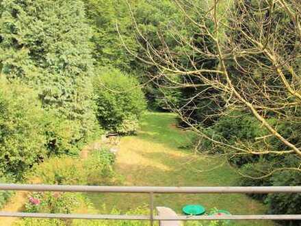 schicke 3- Raum Wohnung mit Gartennutzung in ruhiger Waldrandlage