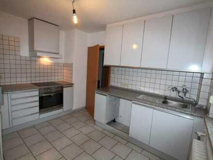 Praktische 4,5 Zimmer Wohnung, 87 m², 1.OG im Ortskern