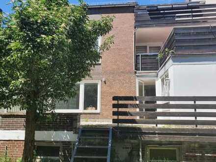 Alt Vinnhorst! 3 Zimmer Wohnung mit Terrasse und EBK!