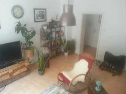 Super schöne 2 Zimmer Wohnung mit Balkon!!