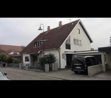 Schönes Doppelhaus mit fünf Zimmern im Rhein-Neckar-Kreis, Edingen-Neckarhausen