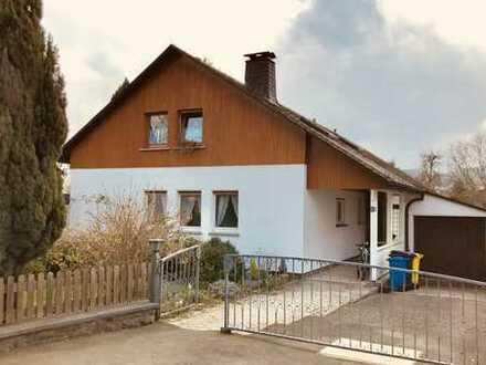 Großzügiges Einfamilienhaus mit sieben Zimmern und großem Garten, Kernstadt Bad Laasphe