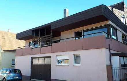 Modernisierte 5-Zimmer-Wohnung mit Balkonen in Lauffen am Neckar