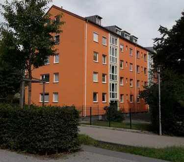 Dachwohnung mit KFZ-Stellplatz direkt am Heckenstaller Park