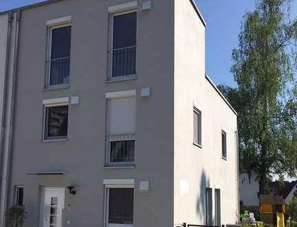Modernes Stadthaus in Kaufbeuren-NG in ruhiger Lage