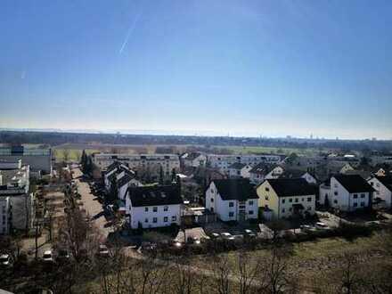 Penthouse mit beeindruckender Aussicht in Kalrsruhe-Neureut