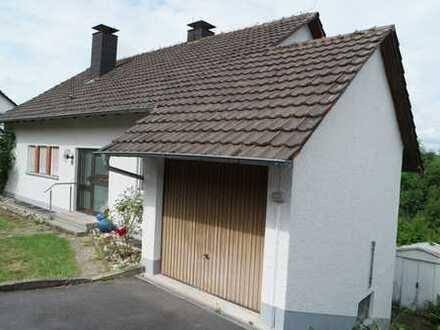 Einfamilienhaus mit Einliegerwohnung in Buchen zu verkaufen