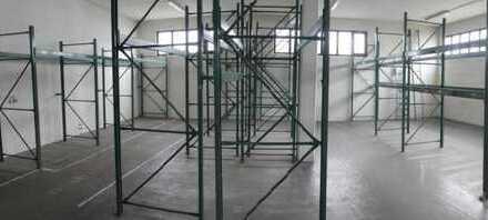 Gewerbl. Fläche mit Büroräumen, nutzbar als Werkstatt oder Lager