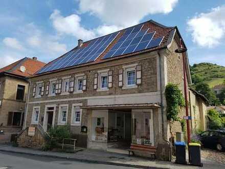 """Zweifamilienhaus in 5 Wohnungen ausbaubar , für """"Käufer provisionsfrei"""" 7/10 Wert möglich!!!!"""