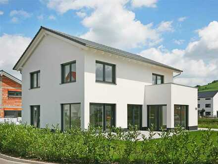 Neubau-Erstbezug in modernes Einfamiliendomizil