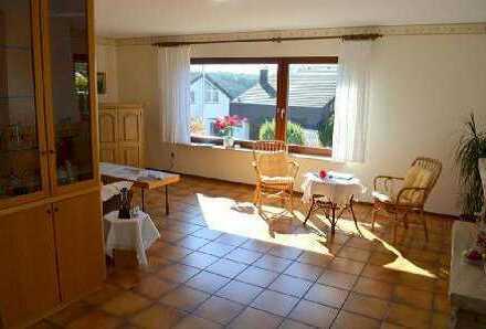 Sonnige Wohnung mit Garten in toller Lage in Weissach/Flacht