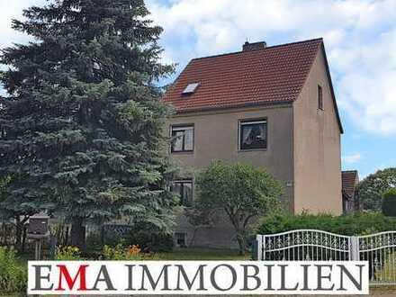 Ein- bis Zweifamilienhaus auf sonnigem Grundstück