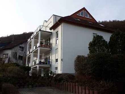 Gepflegte Maisonette-Wohnung mit drei Zimmern und Terrasse in Gelnhausen