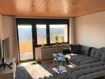 Aussicht ins Grüne - gemütliche 2-Zimmer Wohnung in gepflegtem MFH