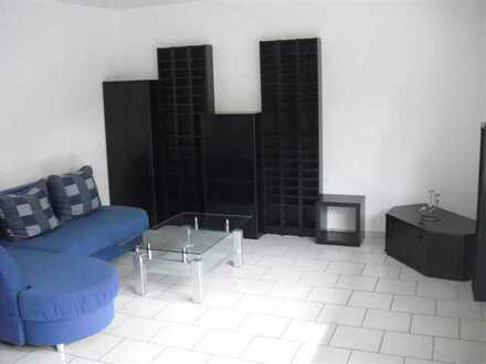Renovierte & teilmöblierte Single-Wohnung mit Balkon und Einbauküche in ruhiger Lage zu vermieten!!!