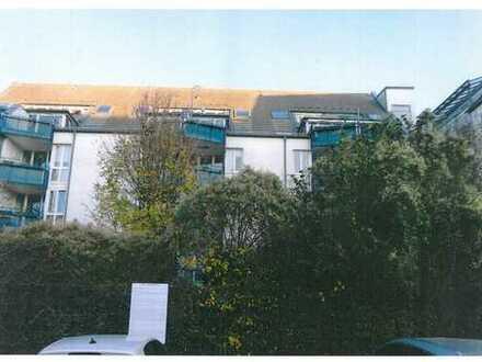 Ruhige sonnige Dachgeschoss/Maisonette Wohnung mit Ost und West-Terrassen