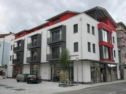 Neuwertige 3,5-Zimmer-Penthouse-Wohnung mit Balkon in Marktoberdorf