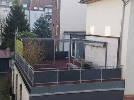 Haus im Haus Maisonette mit Terrasse in Lindenthal