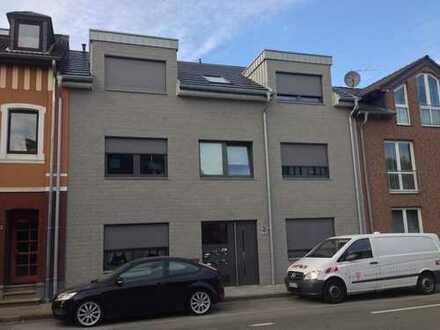Alsdorf-Hoengen: Neuwertige 2-Zimmer Obergeschosswohnung mit Balkon zu vermieten!