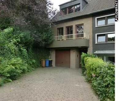 """""""Haus im Haus"""" - mit 3 Balkonen, Garage & Garten in Essen-Frintrop"""