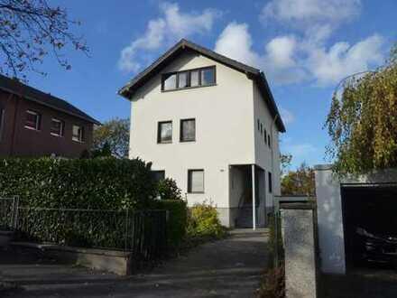 Freistehendes Zweifamilienhaus in Bonn-Mehlem