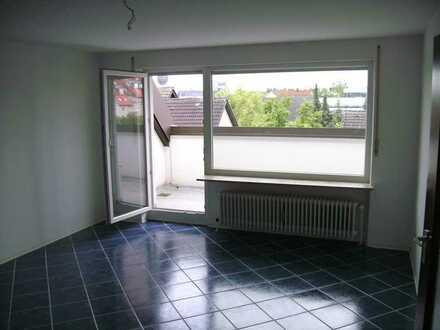 Erlangen Tennenlohe - Stilvolles Wohnerlebnis in 2 Zimmer Dachwohnung mit Sonnenbalkon
