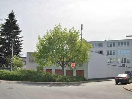 Ein Mix aus Bürogebäude (120m²) Produktions (350m²) - so wie Lagerfläche (390m²) in Flughafennähe