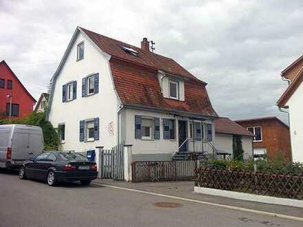 Modernisiertes 5-Zimmer-Einfamilienhaus mit Garten und Einbauküche in Großbottwar