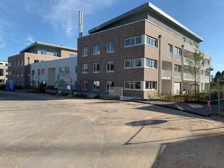 Bezugsfertige Neubauwohnung - Sonnenbalkon und top Ausstattung