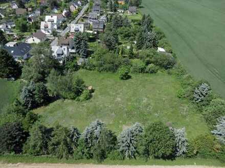 Wohnbaugrundstück für 4-6 Häuser zu verkaufen