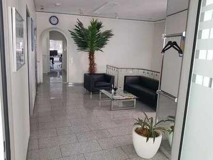 Büro mit Austellung in Heilbronn
