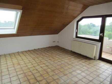 Philippsburg , schöne 2 Zi DG WHG mit Balkon, 46qm WFL, Garage, Bj 84,