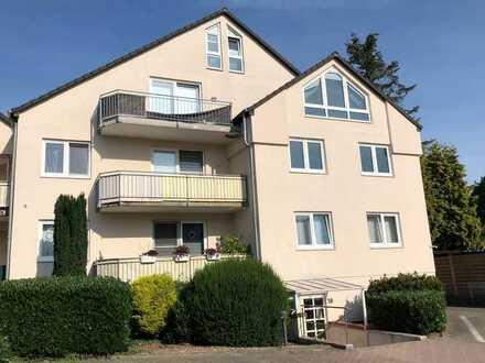 Helle 3-Zimmer Maisonette-Wohnung mit PKW-Stellplatz ab 01.09.2021