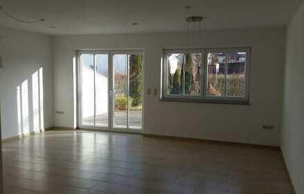 Schönes Haus mit sechs Zimmern in Ingolstadt, Friedrichshofen