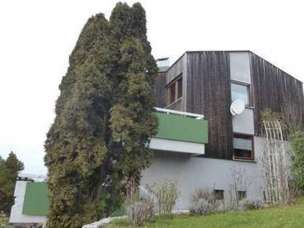 Sonniges Haus mit Panoramablick