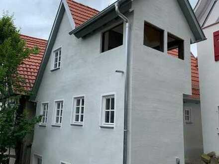 Kulturdenkmal Wohnhaus mit 2 Wohnungen Ortsmitte