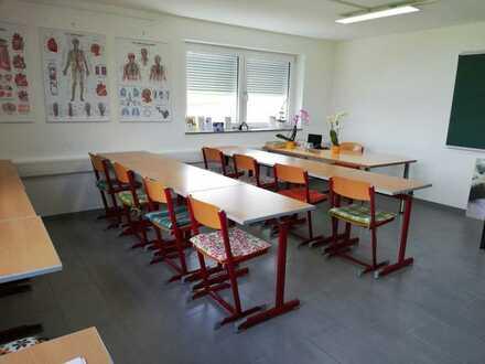 Bürofläche ca. 40 m² in 74382 Neckarwestheim Warm zu vermieten ( Warmmiete ) es sind 2 Büroräume