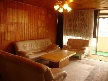 3 Zimmer , Küche, Bad, Balkon und Tiefgarage