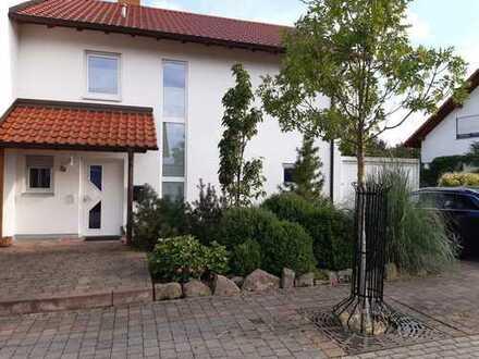 Schönes, Haus (4Z) mit tollem Garten in Wachenheim / Weinstraße (Kreis DÜW)