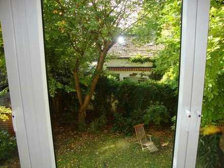 Großzügige Familien-Wohnung mit Garten max 4 Personen !ab 01.09.2019