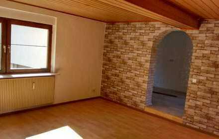 Erstbezug nach Sanierung: attraktive 3-Zimmer-Hochparterre-Wohnung in Ober-Ramstadt
