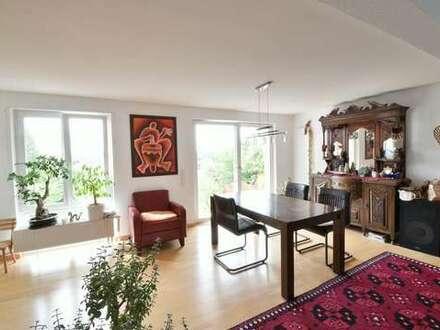 Sindelfingen - Extravagantes Wohnhaus in ruhiger Stadtlage
