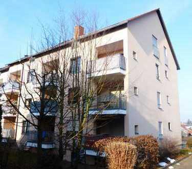 ZWEI schöne, helle 1-Zimmer-Wohnungen mit Balkon und EBK in Langensteinbach