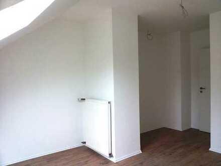 schöne moderne DG-Wohnung Nachmieter ab sofort
