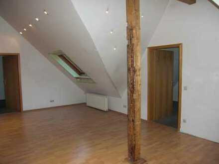 3,5 Zi.-DG-Wohnung in zentraler Lage von Geislingen!