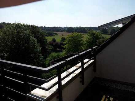 Schöne Dachgeschossswohnung mit Balkon und Blick ins Hexbachtal zur Kapitalanlage oder Eigennutzung