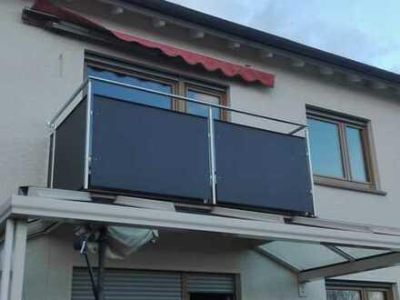Modernisierte 3-Zimmer-Wohnung im Obergeschoss mit Balkon und EBK in Bönnigheim
