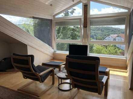 Schöne, geräumige Doppelhaushälfte mit Aussicht in Leonberg bei Stuttgart