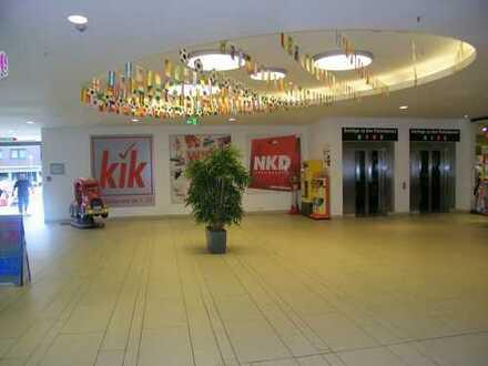 ca. 60 m² Außenverkauf im City Center + ca. 40 m² Freifläche am Kassenautomaten des Ein-/Ausganges