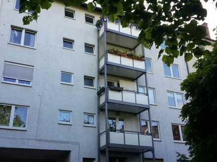Exklusive 5-Zimmer-Wohnung mit Balkon und EBK in Mainz